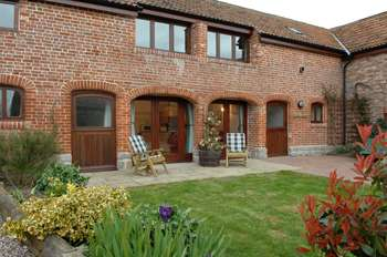 Walkers farm cottages taunton somerset west country - Holiday homes in somerset with swimming pool ...