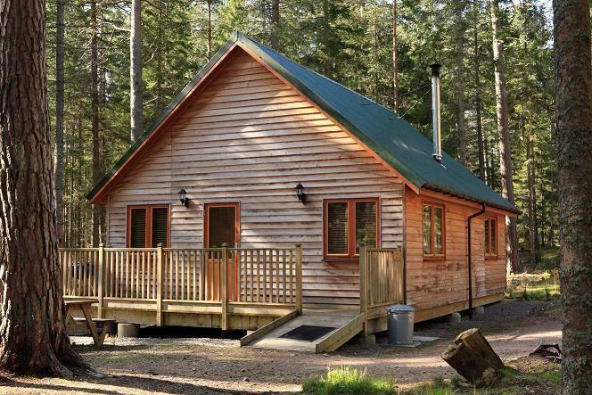 Cairngorm lodges dinnet nr aboyne aberdeenshire for 2 bedroom log cabin kits prices