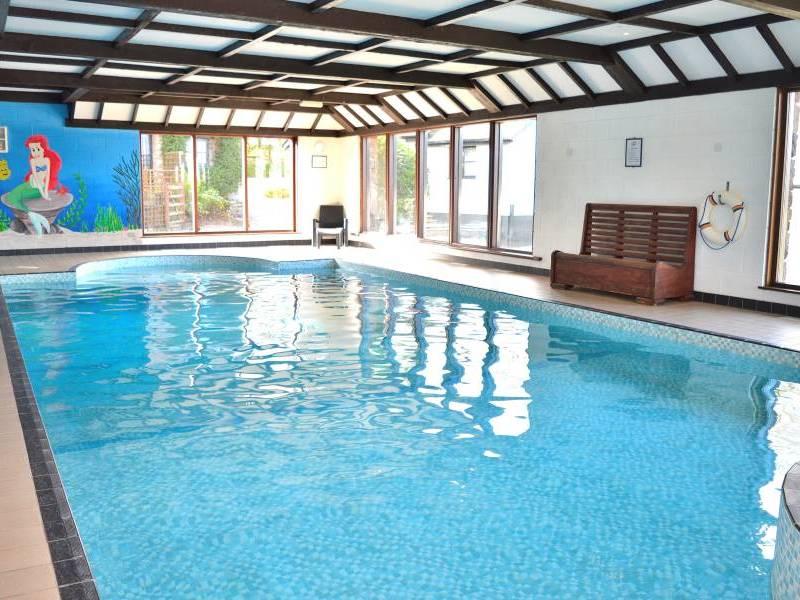 Three gates farm tiverton devon mid devon england - Cottages in devon with swimming pool ...