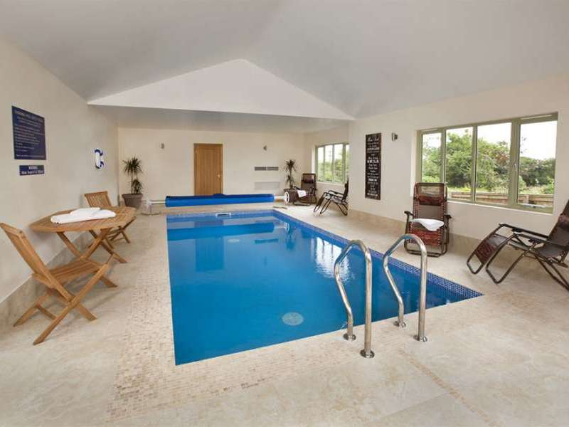 Crowcombe and thorncombe taunton somerset west bagborough england for Holiday homes in somerset with swimming pool