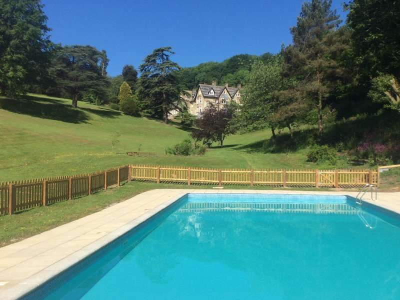 Bluebell bank dartmouth devon south hams england - Cottages in devon with swimming pool ...