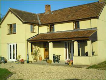 self-catering cottage in Somerset sleeps 6