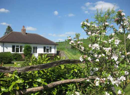 Waterlake Cottage, Orcheston, nr Stonehenge