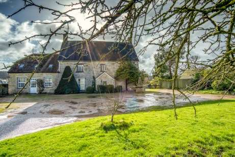 Meare Court, historic listed farmhouse