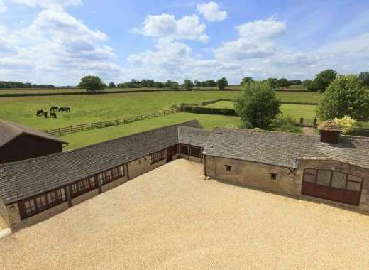 The Cotswold Manor House, Exclusive Hot-Tub, Games/Event Barns, 70 acres of Parkland