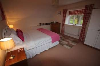 3 bedroom self catering holiday cottage sleeps 5 Rutland England