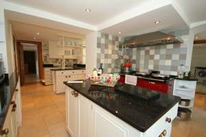 Large luxury country house to rent Pembrokeshire Wales