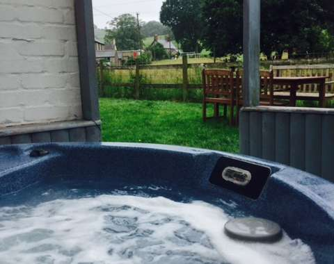 Luxury all weather hot tub