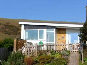 Bay View Beach Cottage, North Wales