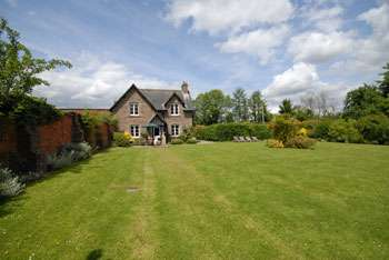 self-catering cottage herefordshire