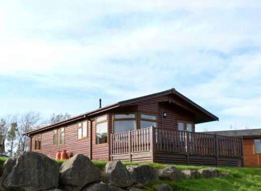 Silverdale Dogs-Welcome Log Cabin, Cumbria & The Lake District