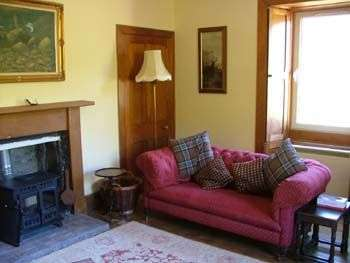 Self-catering country cottage in the Scottish Highlands