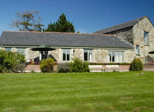 Poltarrow Farm cottages