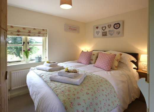 Cosy Double Room, Overlooking The Garden, TV and DVD