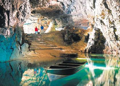 Visit The Stunning Caves At Cheddar
