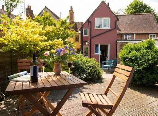 Lovely cottage garden with outdoor seating