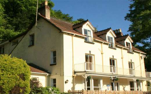 Large country house with river views in the Wye Valley