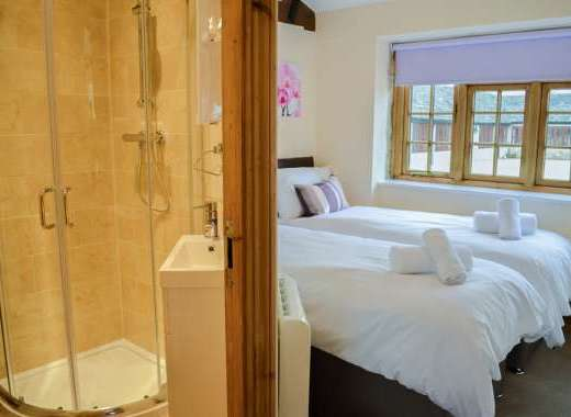 5 bedroom holiday cottage cotswolds