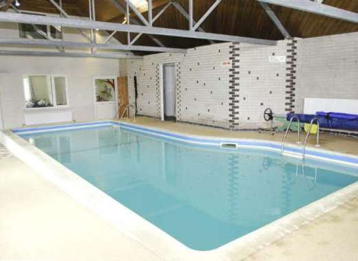 4 Bedroom Leicestershire Cottage with Pool