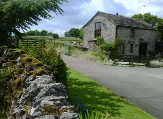 2 Bedroom Peak District Country Cottage