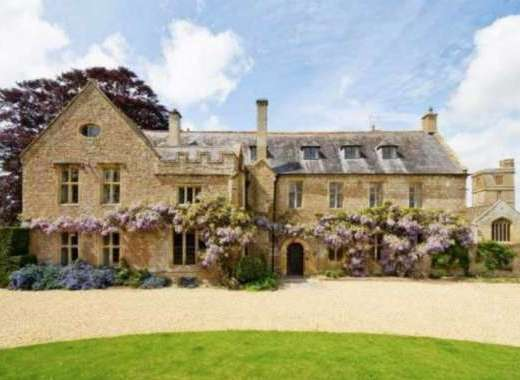 Beautiful 13 bedroom Somerset country house