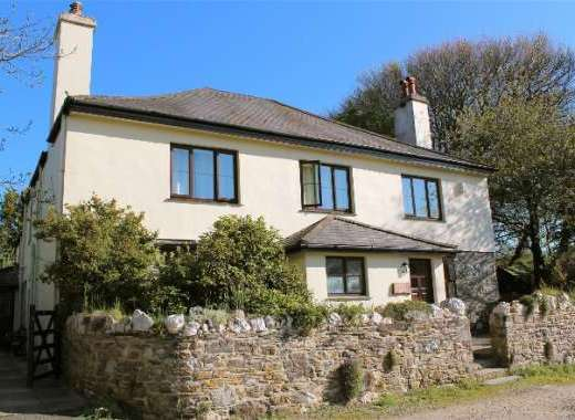 The Farmhouse Sleeps 22 near Tavistock