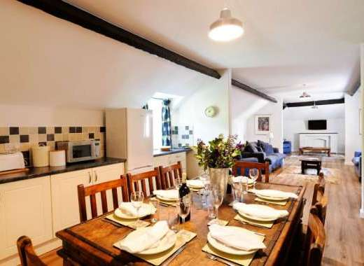 Number One Corffe Cottages kitchen/diner