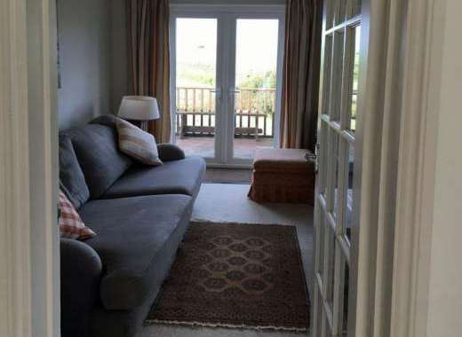 holiday cottage cornwall with decking