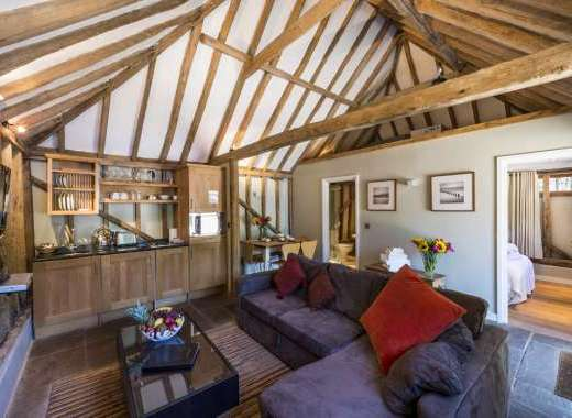 boutique chic living accommodation sussex group accommodation