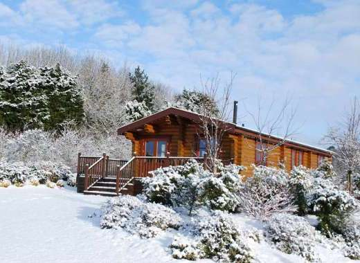 Willow Lodge Snow