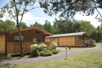 Book self-catering lodges for larger groups