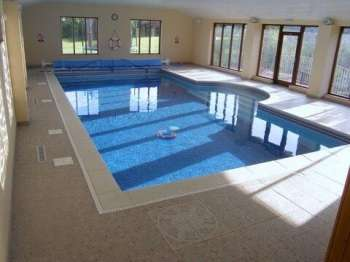 swimming pool cornwall holiday
