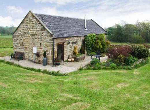 Garden Cottage set next to unspoilt Derbyshire countryside