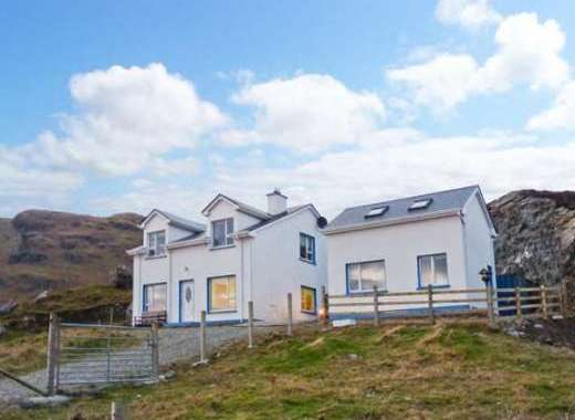 Kilcar Cottage with Sea Views