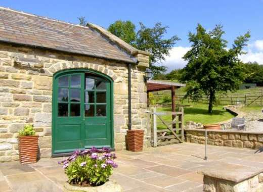 The Loft Romantic Rural Retreat, Peak District