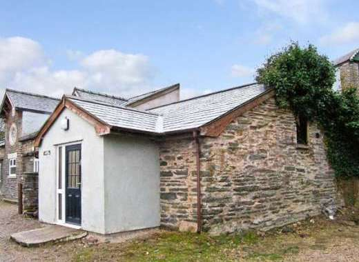 Dog-Friendly Conwy Valley Cottage