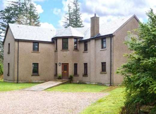 Keil View Dog-Friendly Holiday House near the Great Glen Way