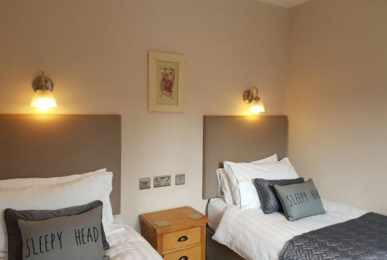 Yew Holiday Cottage