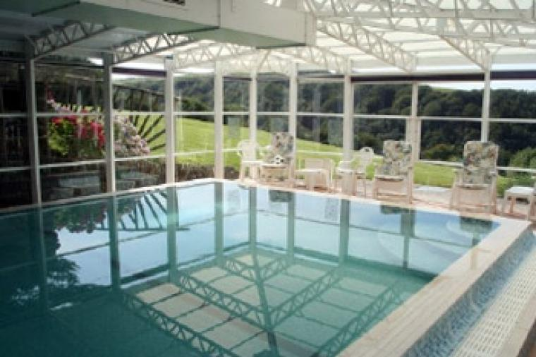 selfcatering holiday house to rent with indoor heated swimming pool
