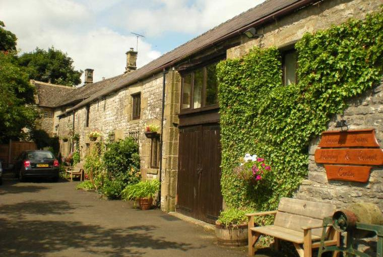 Entrance to Vicarage Farm cottages