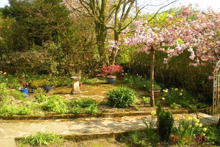 Vicarage Farm gardens