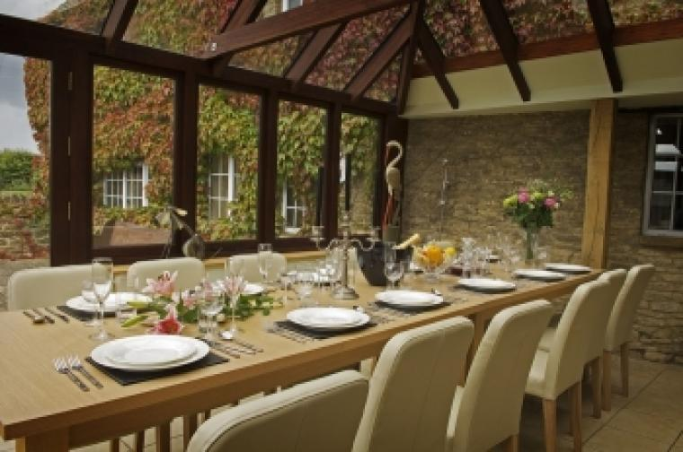 The Cotswold Manor Hall, Exclusive Hot-Tub, Games Barn, 70 acres of Parkland, Oxfordshire, Photo 8