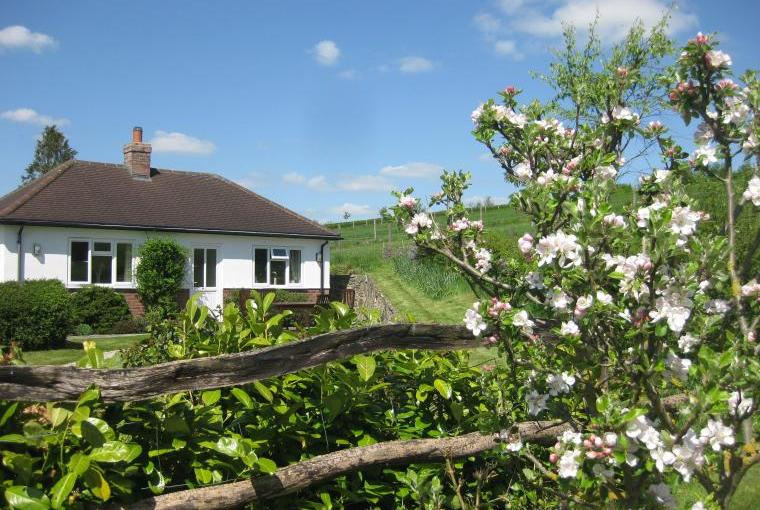 Waterlake Cottage, Orcheston, nr Stonehenge, Wiltshire, Photo 1