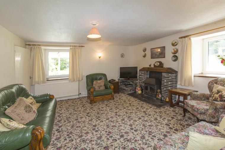 For groups of 16 -26 Hafod Villa can be rented too