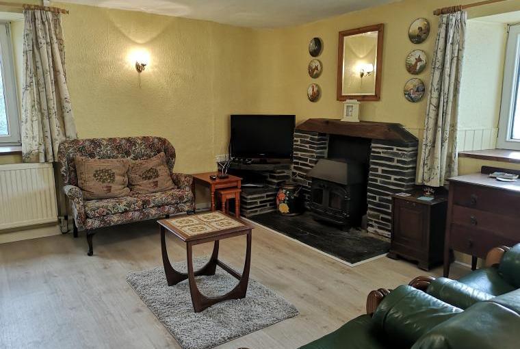 Hafod Villa has a Sunny Sitting Room