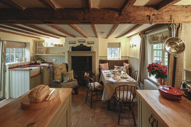 Well equipped Suffolk country kitchen