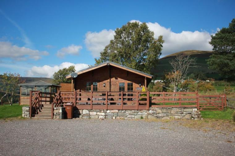 Caban Iwrch with all weather Hot tub, Shropshire, Photo 24