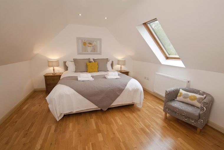 Flossy Brook Holiday Lodge sleeps up to 14 in 5 bedrooms with private indoor pool