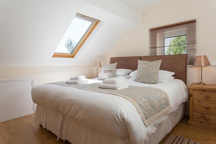 Six Bedrooms - Sleeps 12 people