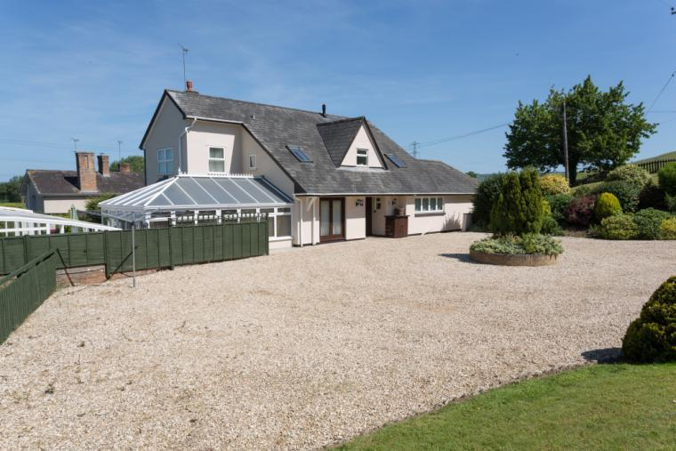 Large Self Catering House suitable for families and large groups
